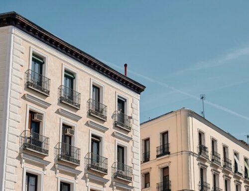 La AEPD impone una multa de 15.000 euros a una comunidad de propietarios por publicar las actas de una reunión sin anonimizar